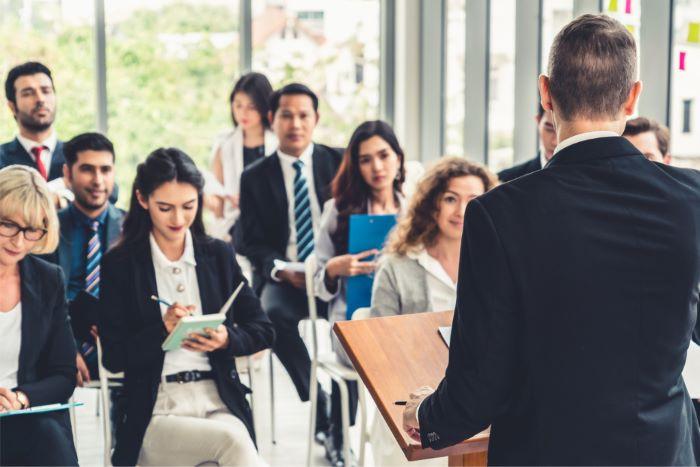 Business-Meeting-Delegation